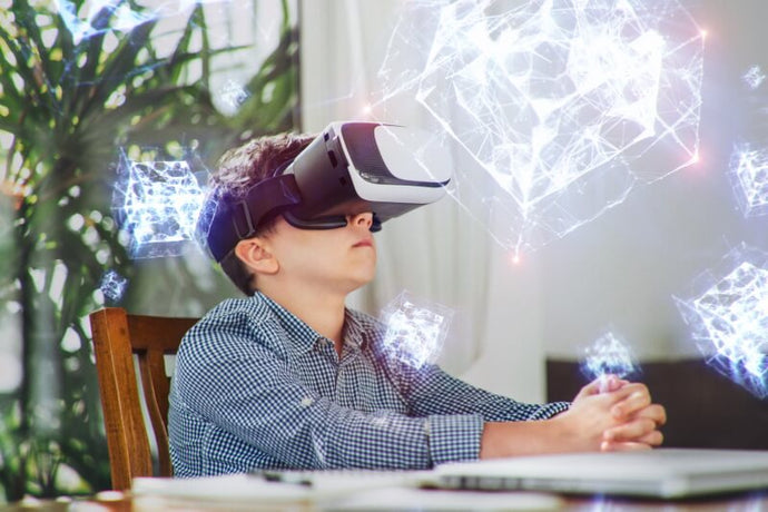 5 Companies Using Virtual Reality and Augmented Reality for Education