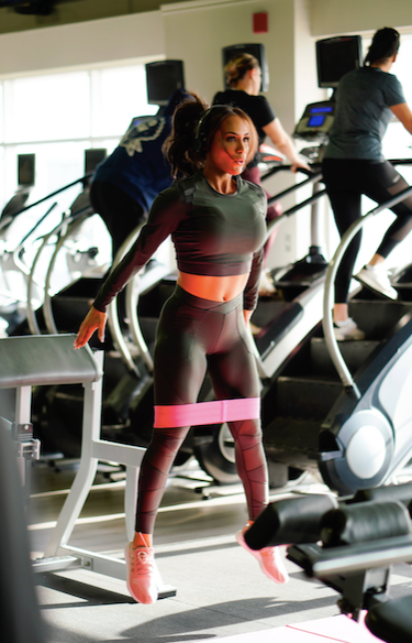 woman doing a HIIT workout