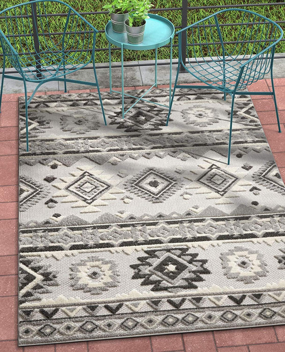 Southwestern Style Gray White High Traffic Stain Resistant Indoor Outdoor Area Rug