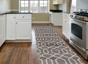 Gray Off-White Trellis Soft Area Rug