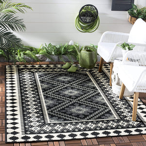 Boho Indoor/ Outdoor Patio Backyard Area Rug, Black / Cream