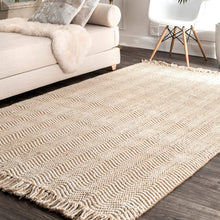 Natural Wavy Chevron Jute Area Rug