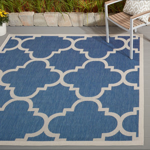Courtyard Blue/ Beige Indoor/ Outdoor Rug