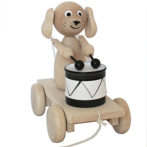 Handmade, high quality wooden toys for children and babies. Pull along wooden toy drummer dog from Ella & Frederik available at Suzemu gift shop.