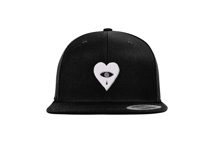 Kovic Heart Snapback Black