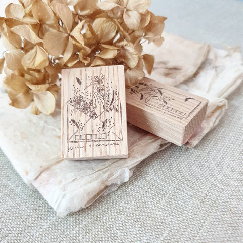 kurukynki rubber stamp - flower + envelope (A)