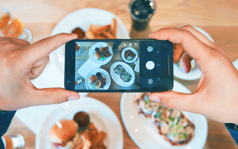 gambar digital marketing foto makanan influencer instagram