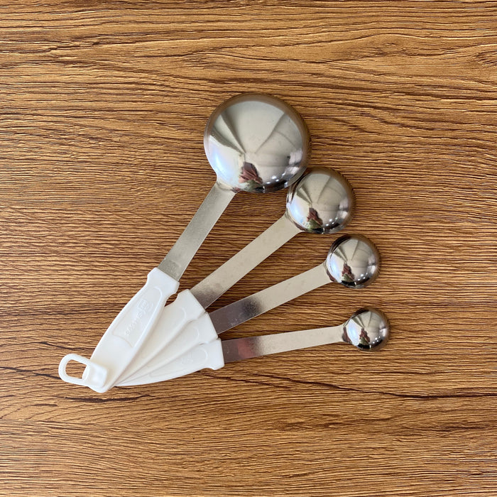 Sanneng SN4693 Stainless Steel Measuring Spoons 4pcs w Plastic Handle - SerataFoods