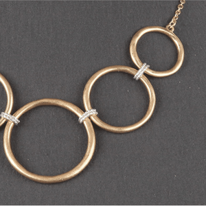 Gold Chain Open Circle Link Necklace - Women's Costume Jewelry