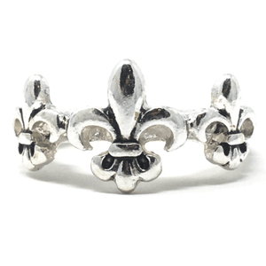 Silver Fleur De Lis Stretch Ring - Fashion Jewelry