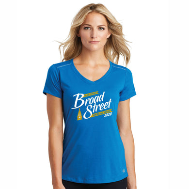 Virtual Run 'Banner' Women's Tech SS V-Neck Tee - Bolt Blue