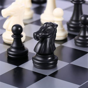Mini-Set International Chess Black & White Chess with Folding Chess Board Portable Travel Chess Of Durable Plastic 4812-B
