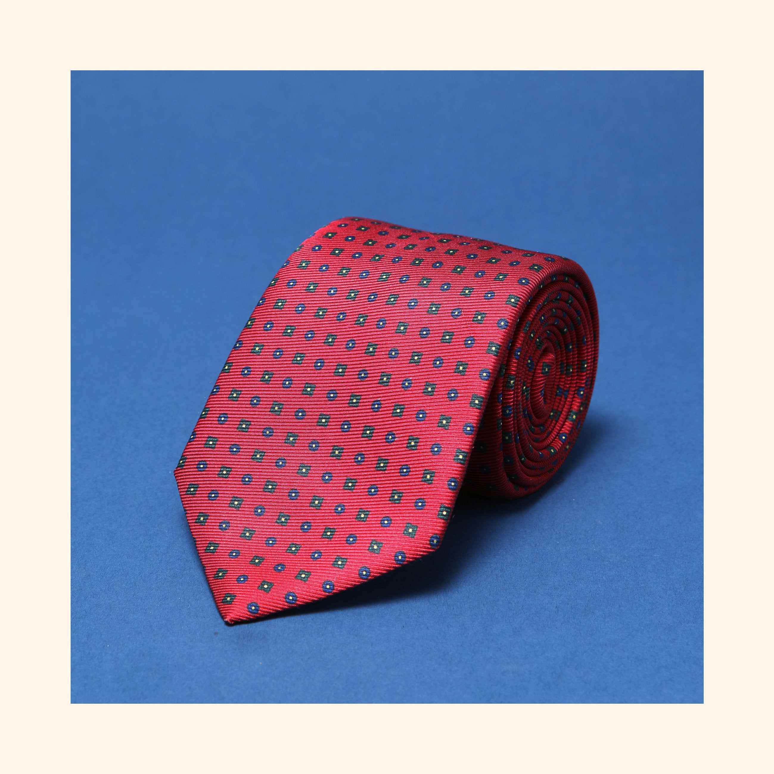 "â""– 017 - Red Neat Motif Screen-Printed 50oz Silk Tie"