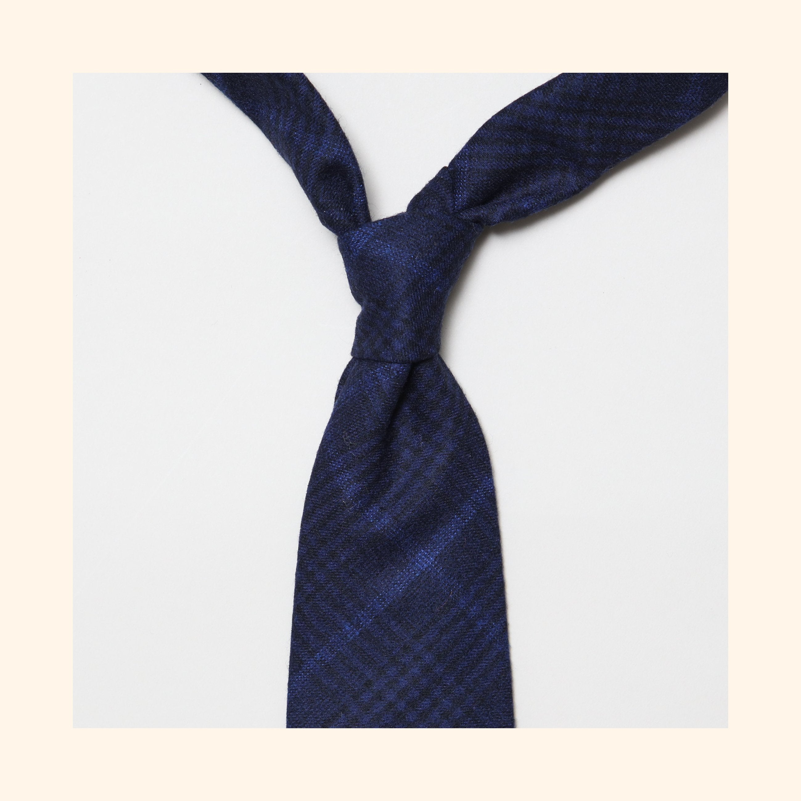 "â""– 155 - Fox Brothers Navy & Onyx Midnight Prince of Wales Glen Check Pure Wool Tie"
