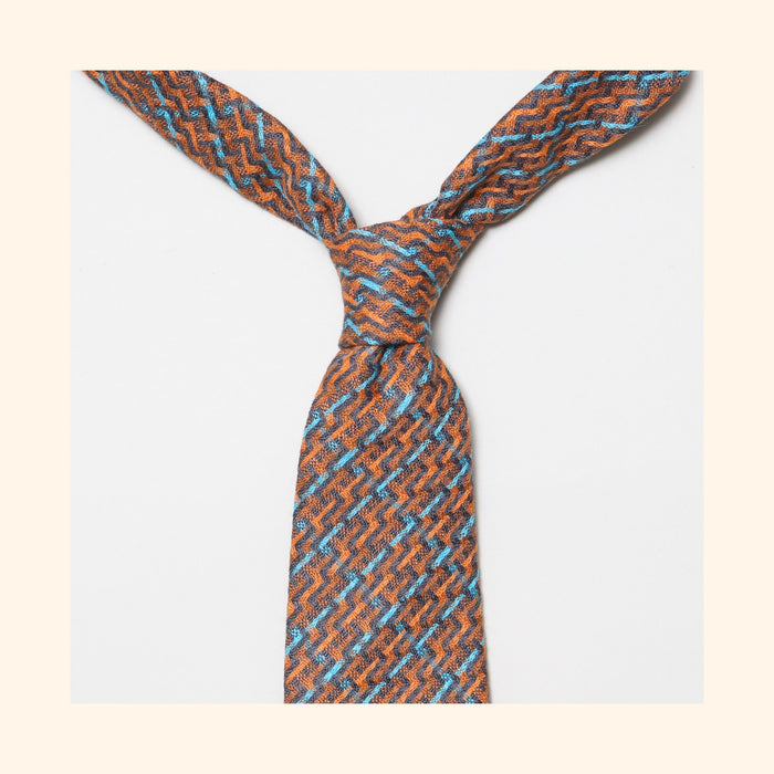 "â""– 226 - Limited Edition Dashing Tweeds 'Whitbread Roxy' Rolled Tip Wool Tie"