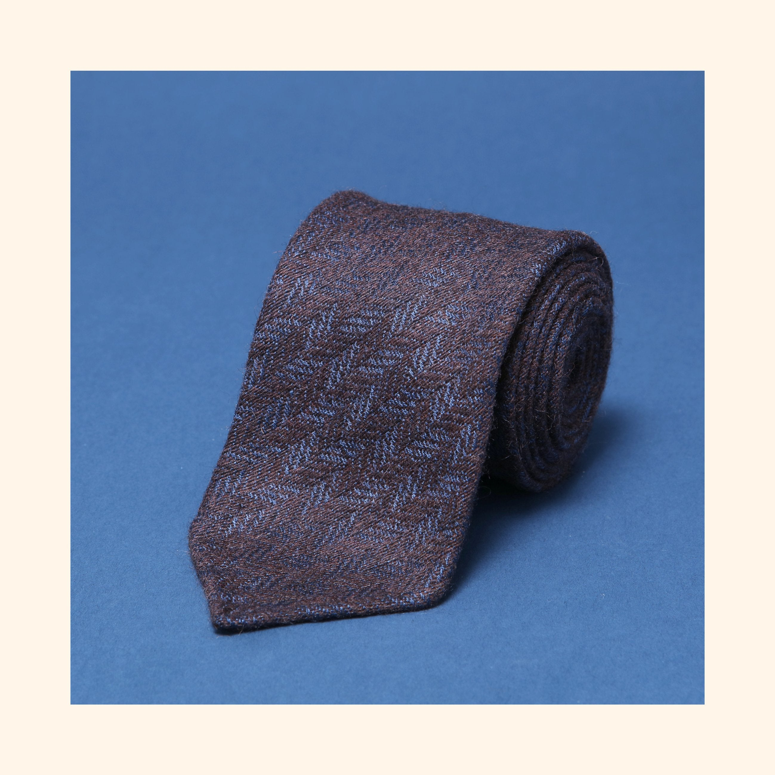 "â""– 227 - Limited Edition Dashing Tweeds 'British Wool' Rolled Tip Wool Tie"