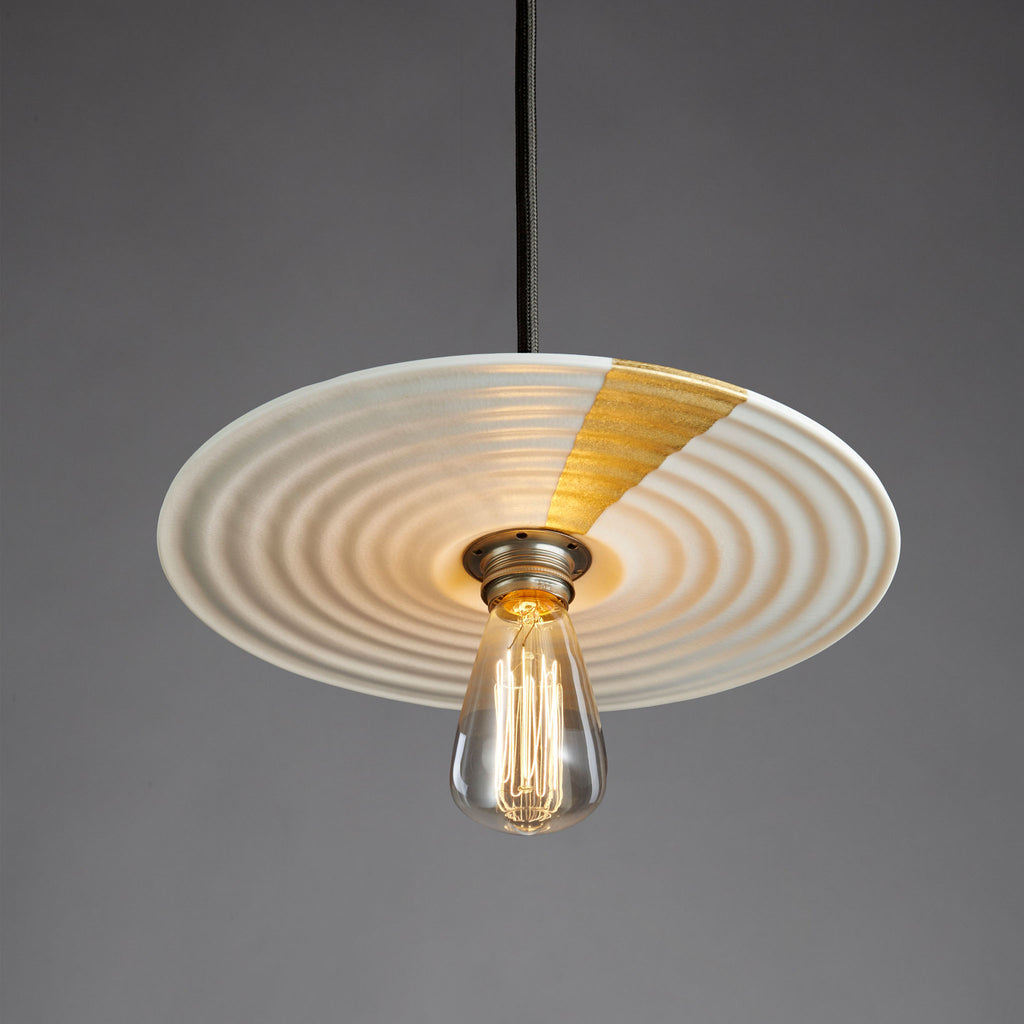 Flat Spin Pendant | White with Gilding