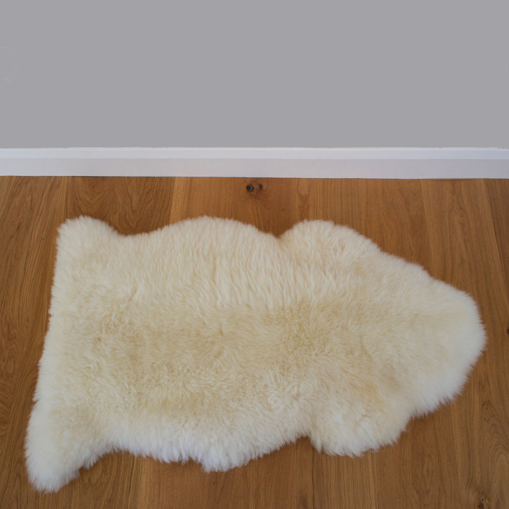 Devonshire White Sheepskin