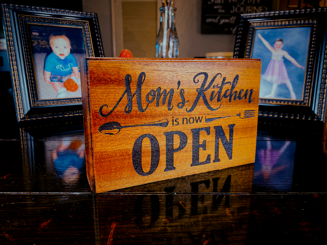 Mom's Kitchen - Your American Flag Store
