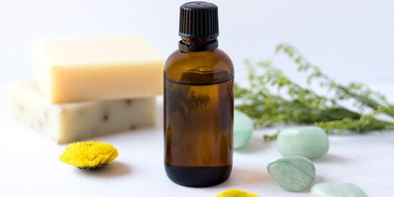 Top 10 Tips to sleep better Thedrug.store Goop Essential Oils