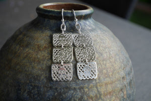 Tenamatzli Orfebres - Papel Picado Silver Earrings