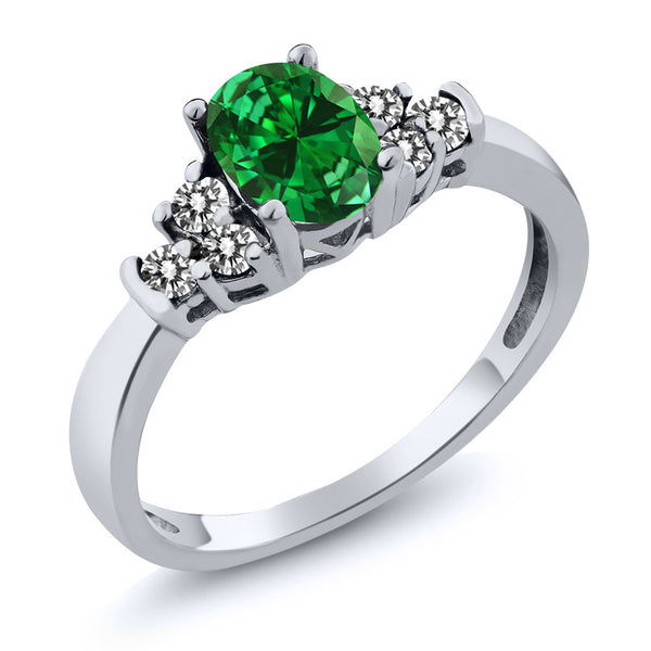 Gem Stone King 0.88 Ct Oval Green Simulated Emerald White Diamond 925 Sterling Silver Ring