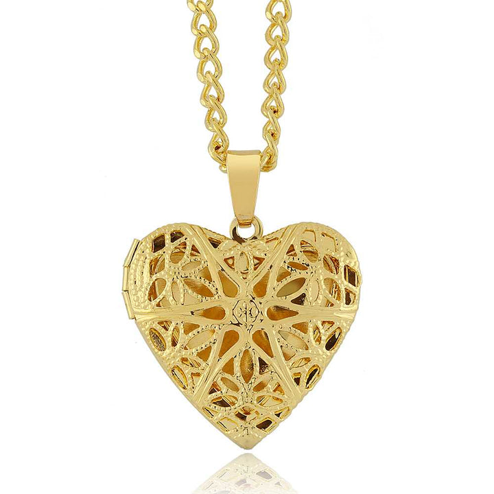 Gem Stone King Locket Pendant Necklace Charm 1 Inch Gold Tone Filigree Heart Shaped With 18 Inch Chain