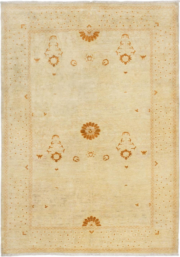 Hand-knotted Pakistani Floral  Traditional Peshawar-Oushak Area rug  Cream 6.1 x 8.7