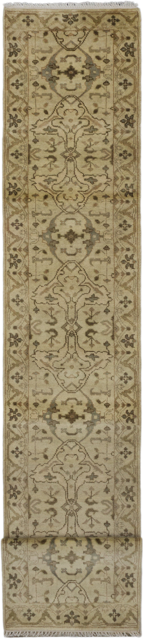 Hand-knotted Indian Traditional Royal-Ushak Runner rug  Cream 2.7 x 15.7