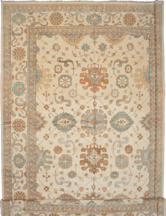Hand-knotted Indian Bohemian  Traditional Royal-Ushak Area rug  Cream 13.1 x 24.1
