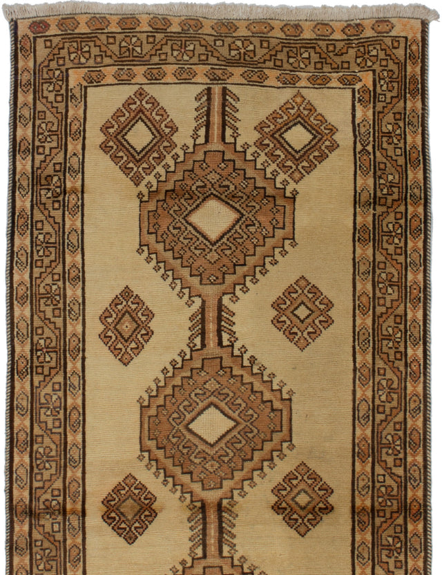 Hand-knotted  Bordered  Persian Ardabil Area rug  Cream 3.5 x 6.5