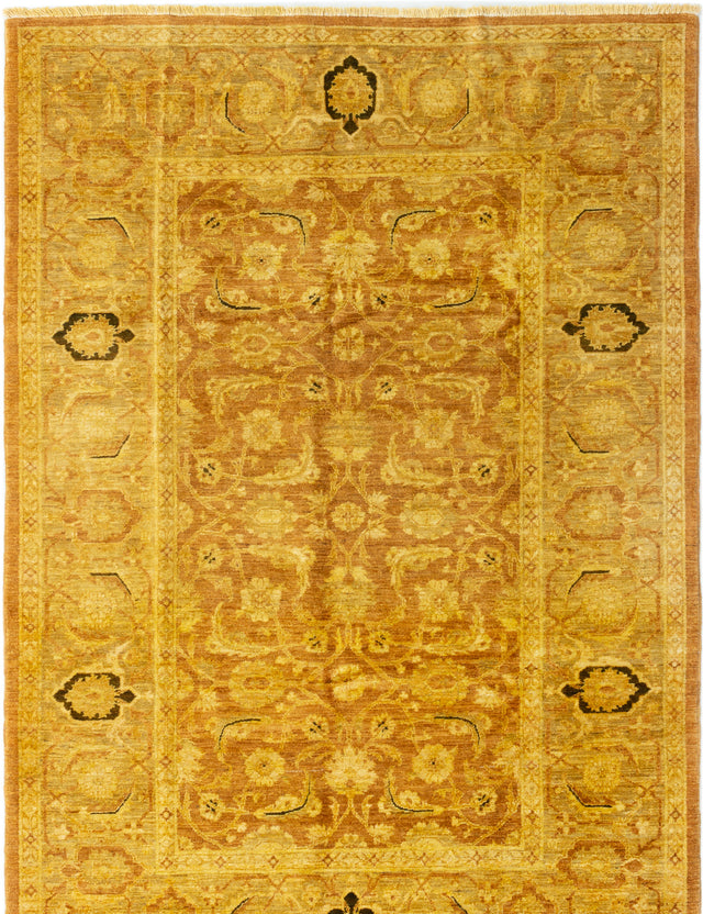 Hand-knotted Area rug Bordered, Floral, Traditional Brown