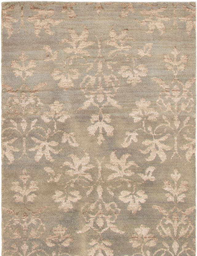 Hand-knotted Area rug Carved, Casual, Transitional Green