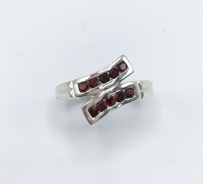 Idaho Garnet Flourish Ring - Zero Point Crystals