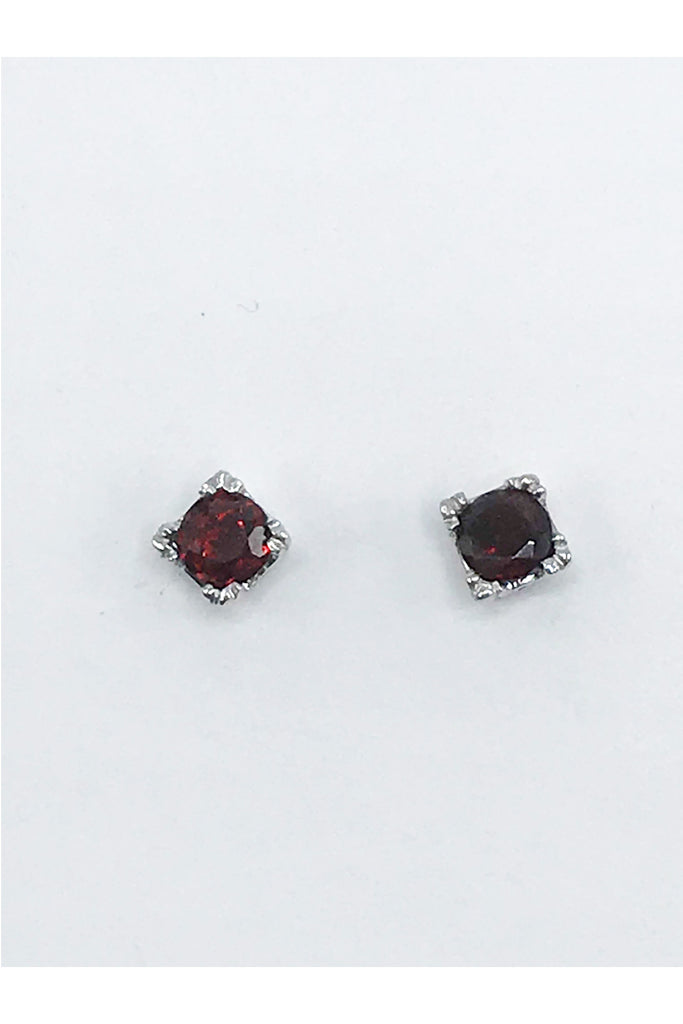 Idaho Garnet post Earrings - Zero Point Crystals