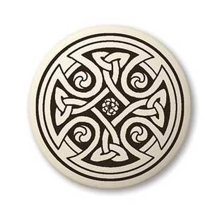 Celtic Art Pendant - Zero Point Crystals