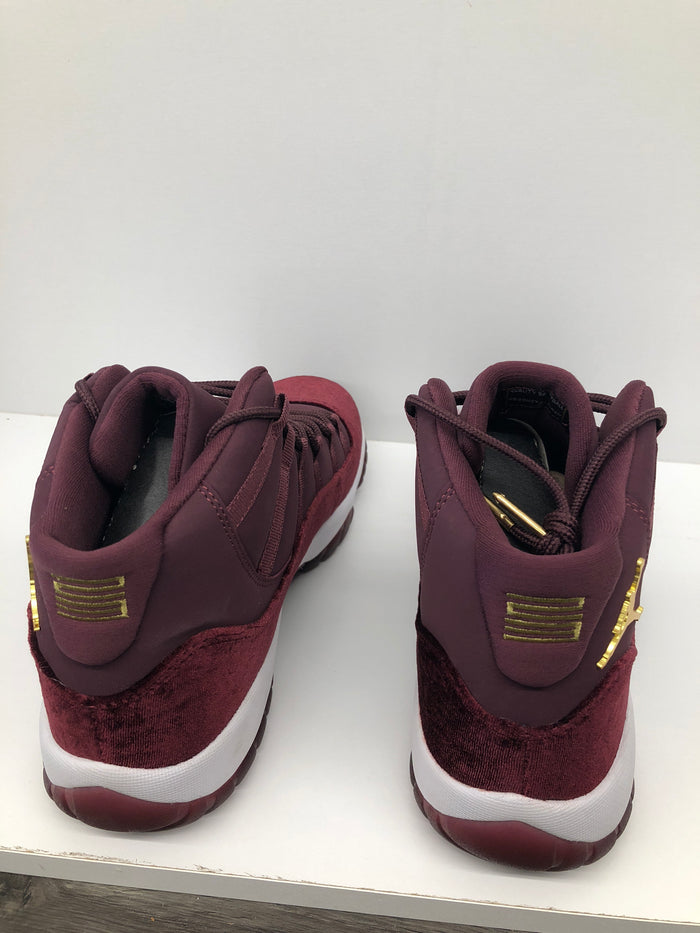 low priced 1213d dc83c Air Jordan 11 Retro Heiress Night Maroon Size 9.5(GS)
