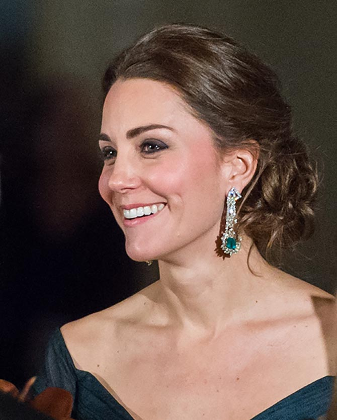 Duchess Cambridge Kate Middleton wears royal emerald jewellery