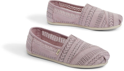 Burnished Lilac Arrow Embroidered Mesh Women's Classics