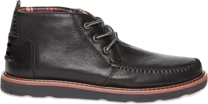 Black Leather Men's Classic Chukka
