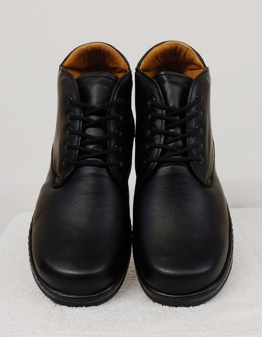 Black Lace-Up Therapeutic Boot