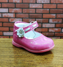 Dogi® Girls Patent Leather Raspberry Shoe with Accent Flower