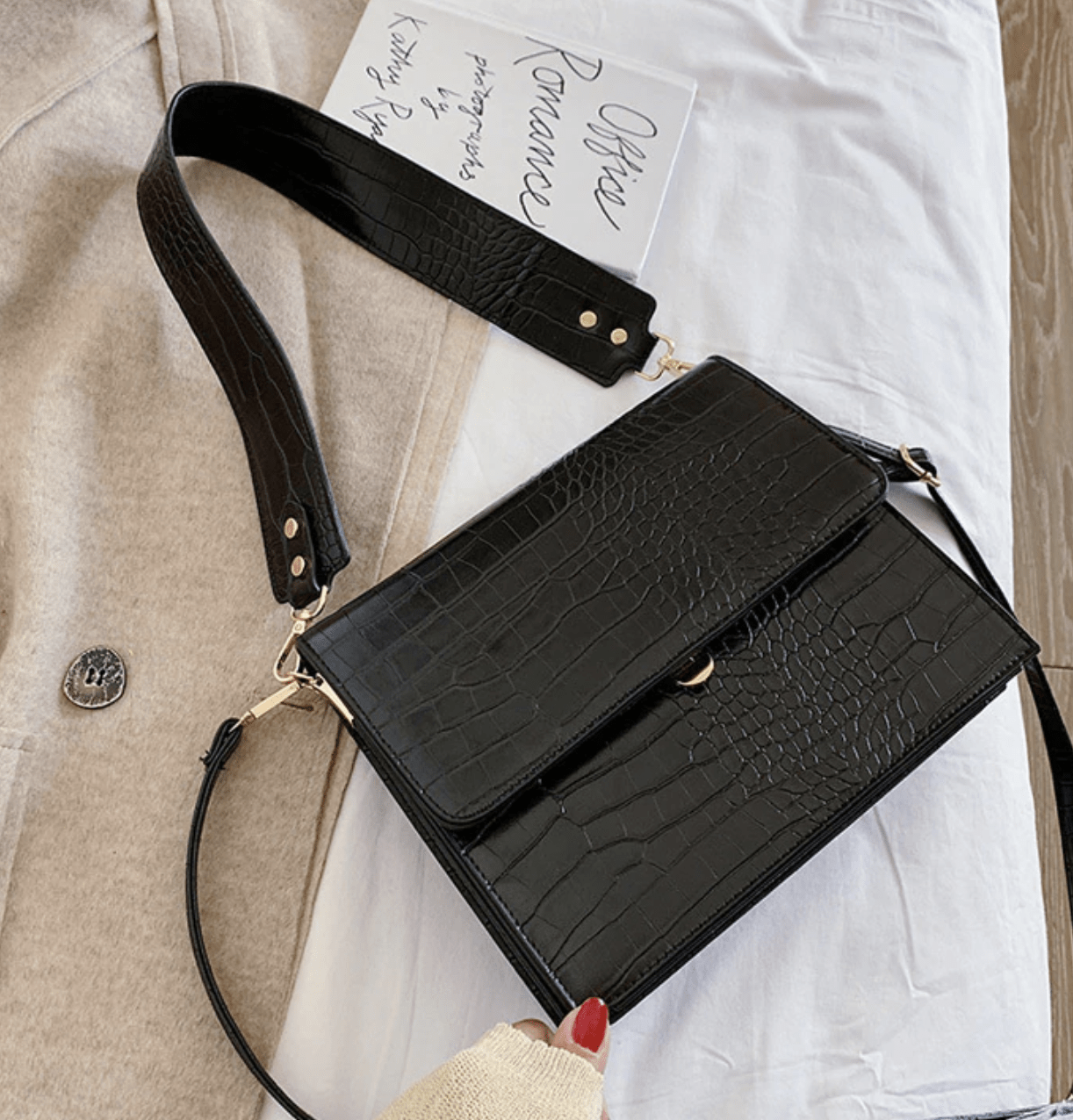 Madison crossbody bag