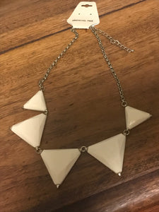 Acrylic Triangle Collar Necklace