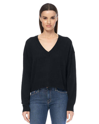 360 Cashmere Clothing Niomi Cropped V Neck in Black