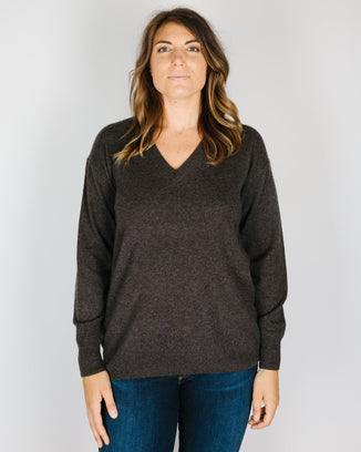 360 Cashmere Clothing Posie Long V Neck in Espresso