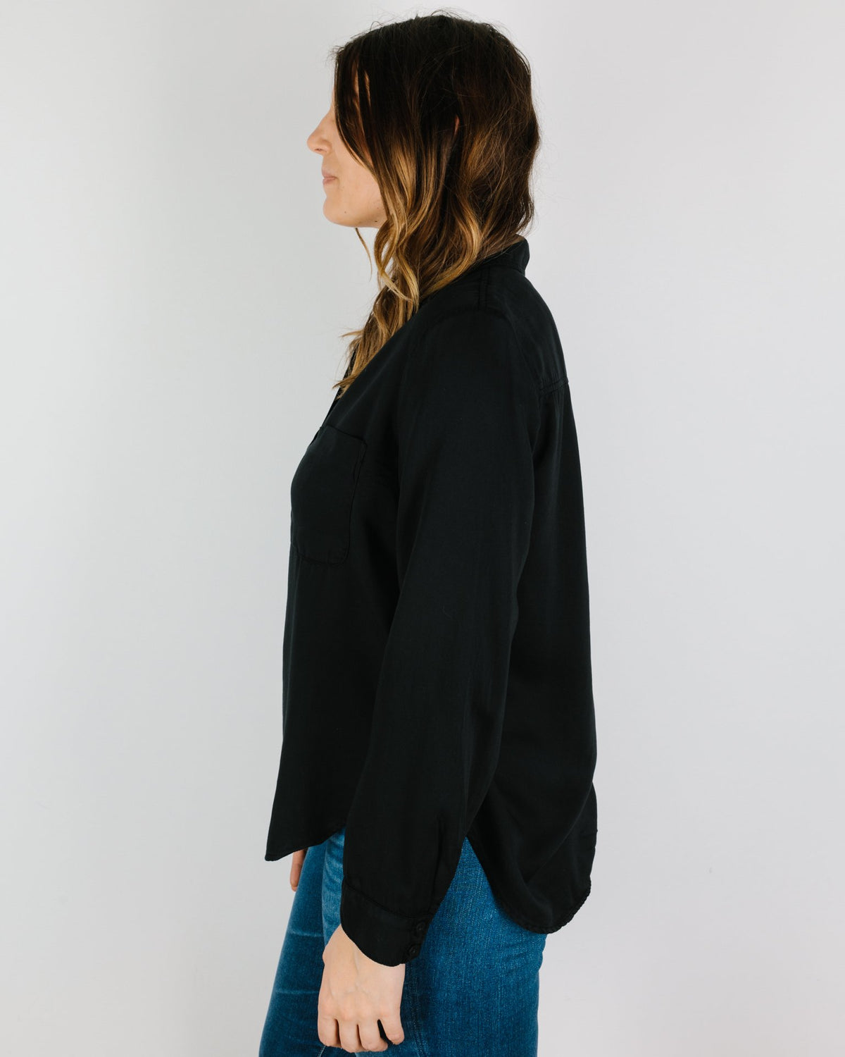 Bella Dahl Clothing Pocket Flowy Button Down in Black