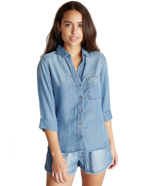 Bella Dahl Clothing Medium Ombre Wash / XS Shirt Tail Button Down in Medium Ombre Wash