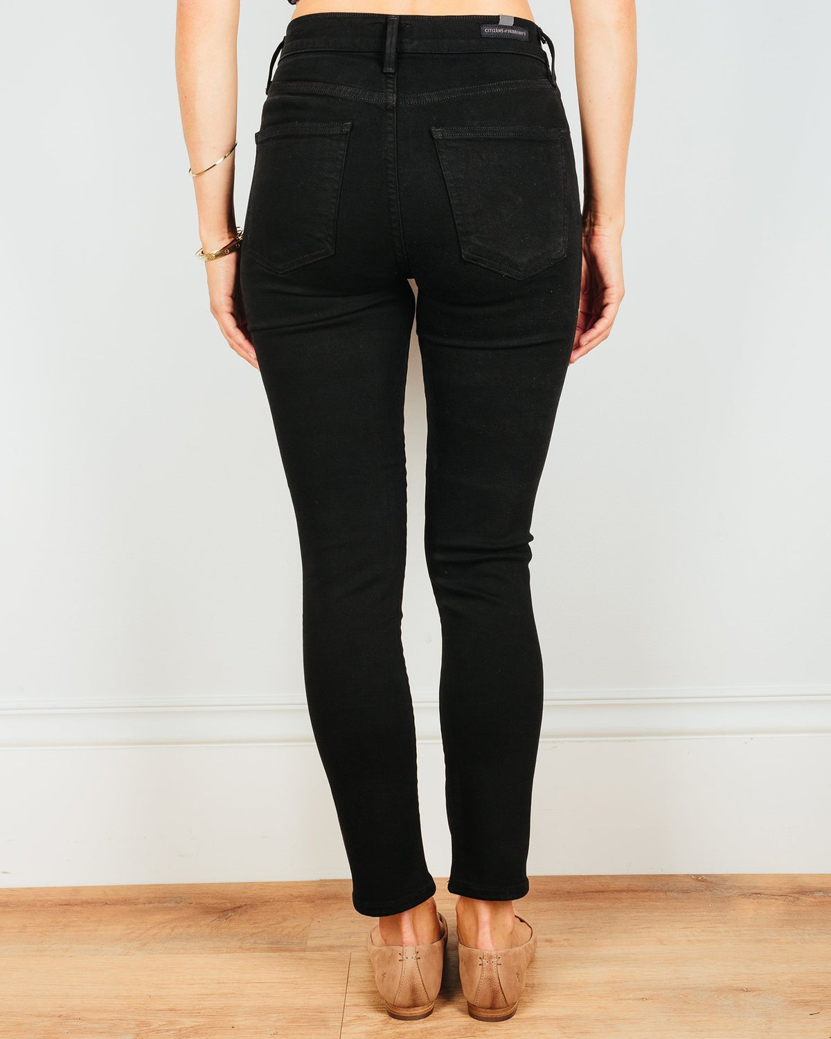 Rocket Crop High Rise Skinny in Plush Black