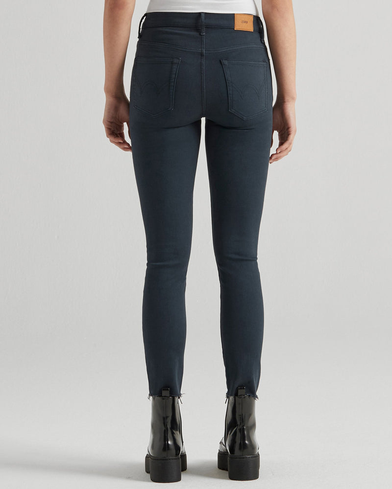 Edwin Denim Bree in Navy
